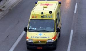 Σοβαρό τροχαίο με μηχανή στα Καμένα Βούρλα: Τραυματίστηκε ο οδηγός