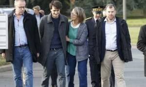 Στιγμές συγκίνησης: Ξανά στο Παρίσι ο Γάλλος δημοσιογράφος που γλίτωσε από τα κελιά του Ερντογάν