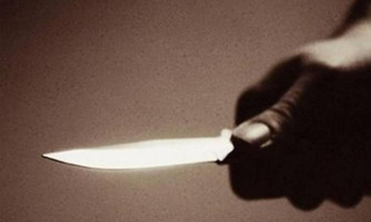 Ηλεία: Απείλησε να αυτοκτονήσει με μαχαίρι μέσα σε αστυνομικό τμήμα