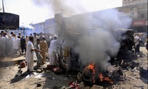 Αφγανιστάν: Νεκροί τουλάχιστον τέσσερις άμαχοι από ισχυρή έκρηξη βόμβας σε αγορά