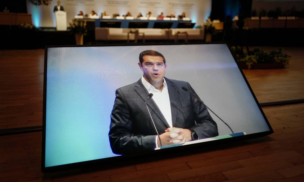 Guardian: Γιατί οι Ευρωπαίοι ηγέτες στηρίζουν τόσο πολύ τον Τσίπρα