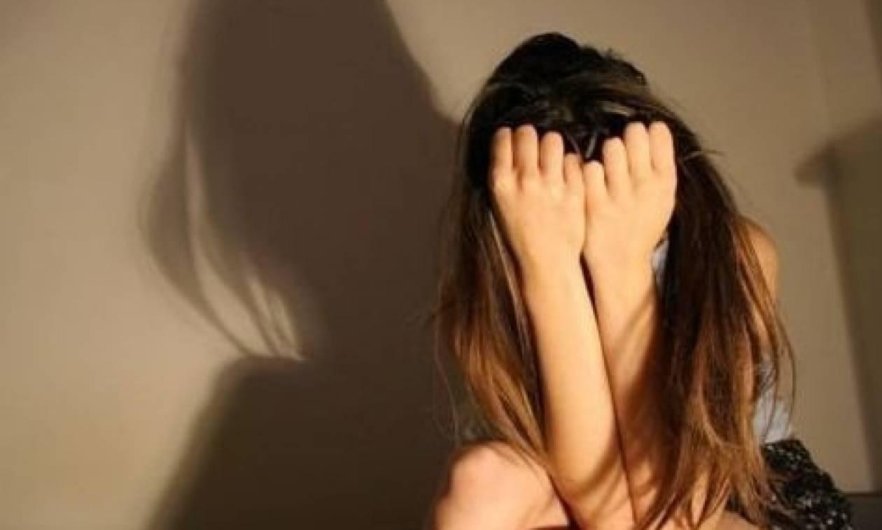 Σοκ: Βίασε 14χρονη σε κεντρικό πάρκο γεμάτο κόσμο
