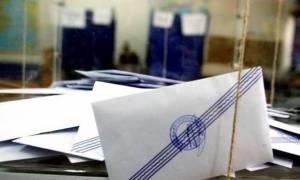 Δημοσκόπηση: Σταθερά πρώτη η ΝΔ έναντι του ΣΥΡΙΖΑ – Τι λένε οι πολίτες για την Κεντροαριστερά
