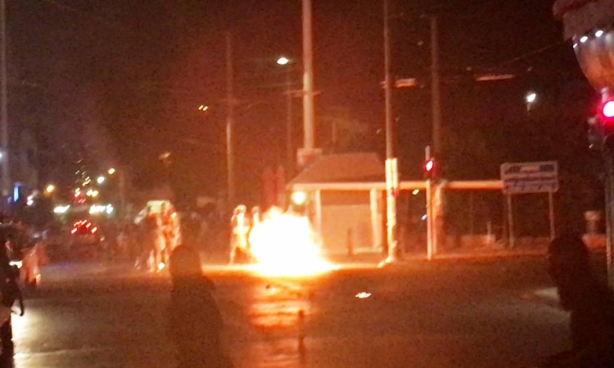 Σοβαρά επεισόδια σε Αθήνα και Θεσσαλονίκη στις πορείες για τον Παύλο Φύσσα
