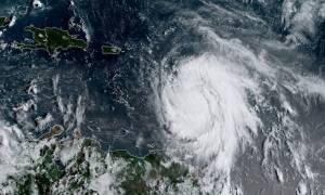 Κυκλώνας Μαρία: Ενισχύθηκε στην κατηγορία 4 και απειλεί τα νησιά της Καραϊβικής (vid)