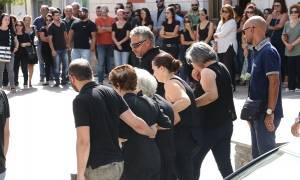 Θρήνος στο Ηράκλειο: Ράγισαν καρδιές στην κηδεία της 33χρονης Μαρίας (pics)