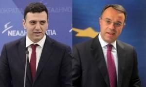 «Καρφιά» Κικίλια - Σταϊκούρα στην κυβέρνηση για τις δηλώσεις Ντομπρόβσκις