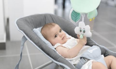 Παιδικά ρηλάξ: Τι πρέπει να γνωρίζετε για την ασφάλεια του μωρού σας