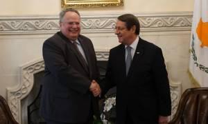 Συνάντηση Κοτζιά – Αναστασιάδη για Κυπριακό: Πάντα ενιαία η γραμμή Ελλάδας και Κύπρου