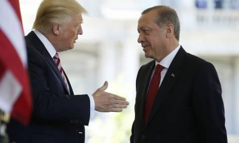 Να σπάσει την συμμαχία ΗΠΑ και Κούρδων επιχειρεί ο Ερντογάν – Τι προτείνει στον Τραμπ