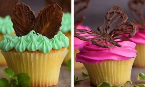 Διακοσμήσετε με σοκολάτα τα γλυκά σας - Πέντε πρωτότυπα σχέδια (vid)