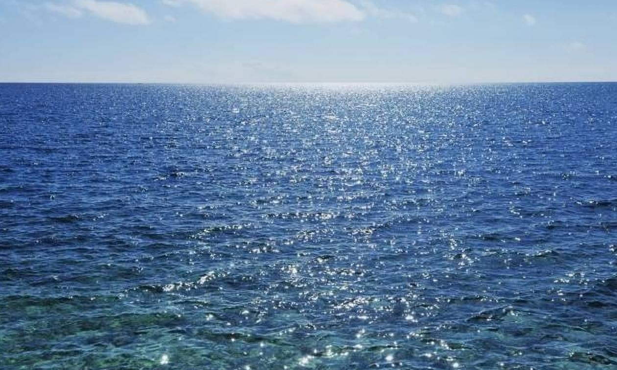 Δείτε τις παραλίες στον Σαρωνικό που είναι «καθαρές» από υδρογονάνθρακες και ορυκτέλαιο