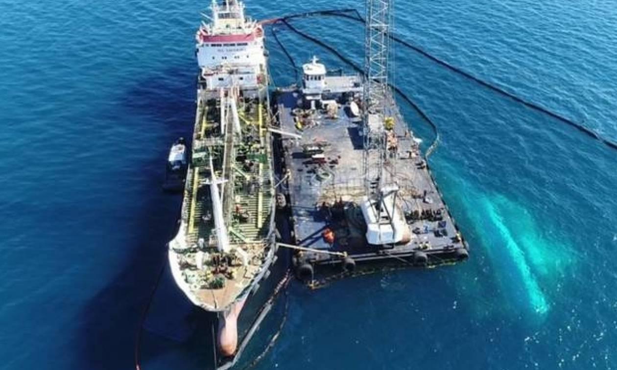 Κομισιόν για Σαρωνικό: Μισθώσαμε απορρυπαντικό πλοίο τρεις ώρες μετά το ελληνικό αίτημα