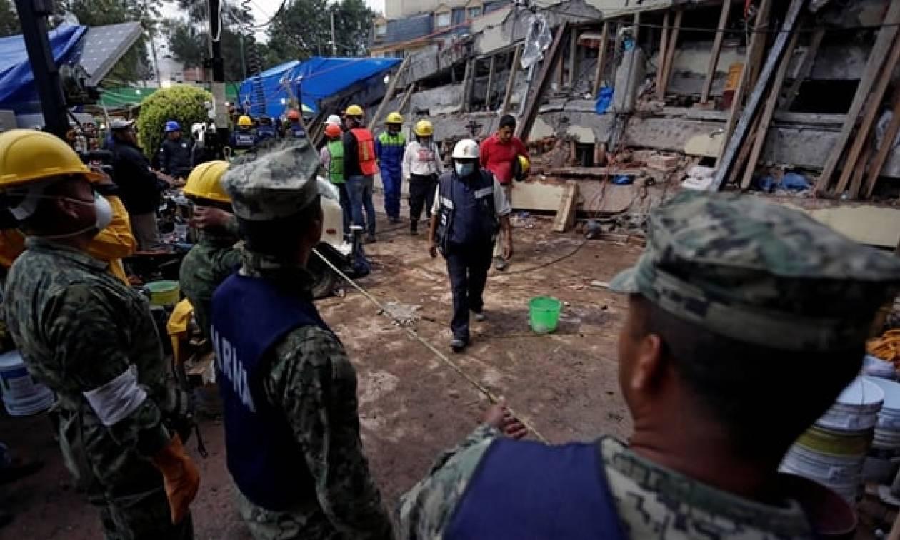 Σεισμός Μεξικό: Μεγαλώνει συνεχώς ο κατάλογος των νεκρών (vid)