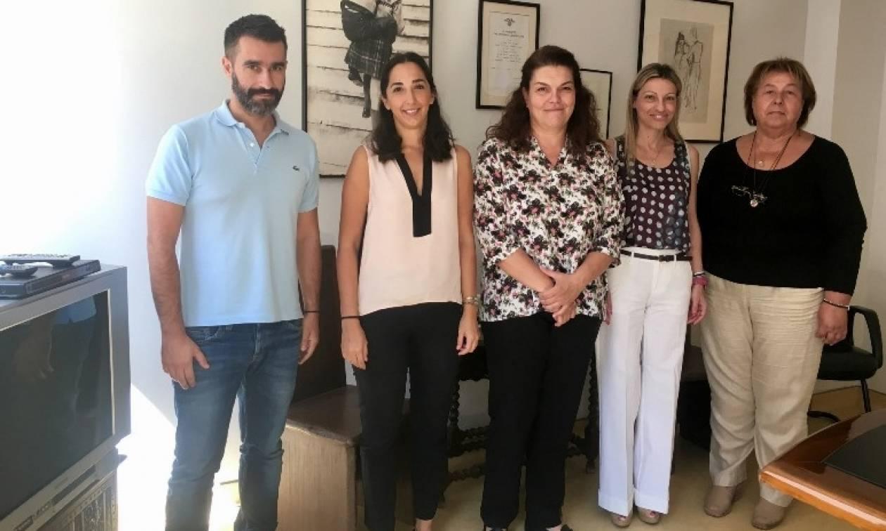 Η ελληνική φαρμακοβιομηχανία προσφέρει φάρμακα στα σωματεία «Μαζί για το Παιδί»