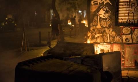 Ολονύκτιο «πάρτι» με μολότοφ αντιεξουσιαστών στα Εξάρχεια