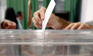 Δημοσκόπηση κόλαφος για την κυβέρνηση - Ποια κόμματα «γκρεμίζονται»