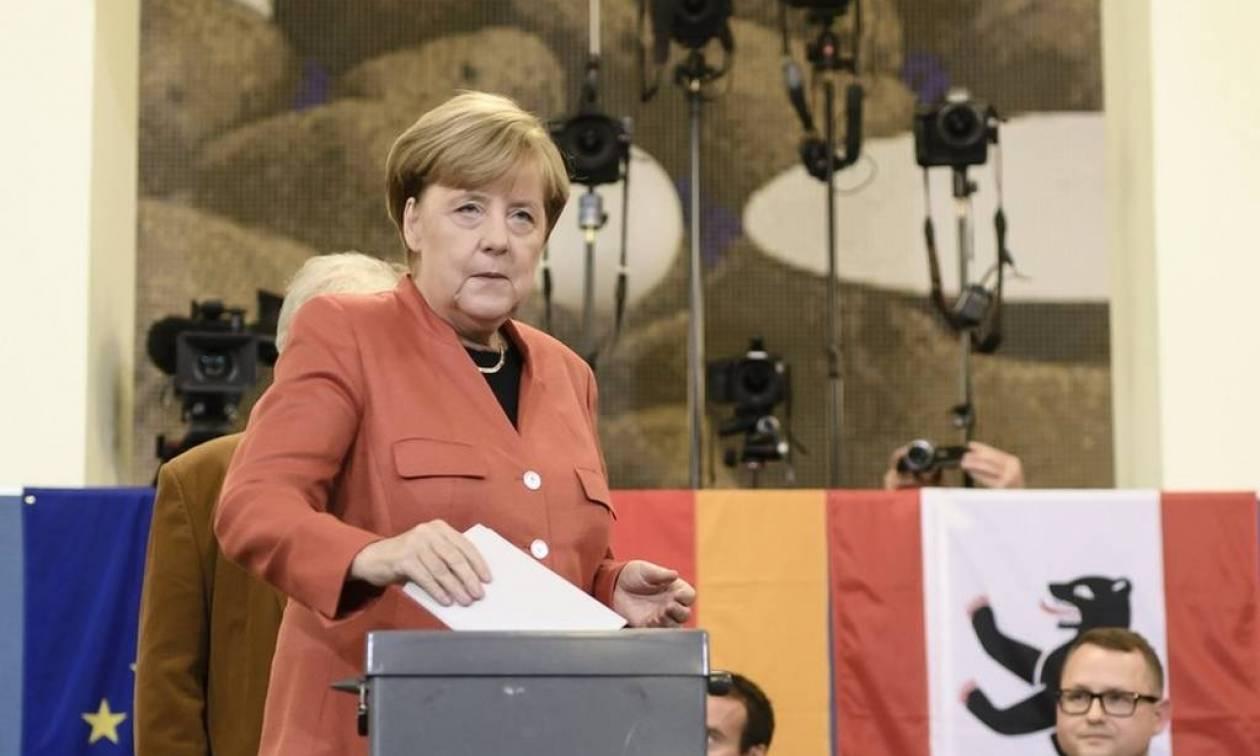 Εκλογές Γερμανία: Οι ανατολικογερμανοί τιμώρησαν τη Μέρκελ και ανέδειξαν το AfD στη Μπούντεσταγκ