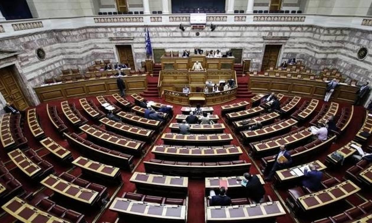 LIVE Βουλή: Η συζήτηση περί σύστασης Εξεταστικής Επιτροπής για τον Πάνο Καμμένο