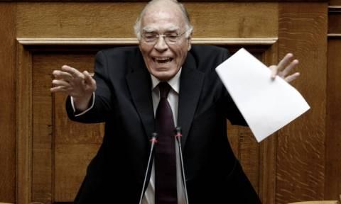 Βουλή - Λεβέντης για Καμμένο: Να μην κρυφτεί πίσω από τις 153 ψήφους