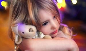 Κουβερτούλα, μαξιλάρι, αρκουδάκι: Για ποιους λόγους δεν τα αποχωρίζονται τα παιδιά σας