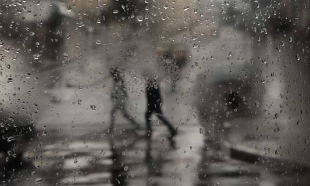 Ραγδαία επιδείνωση του καιρού - Έρχονται βροχοθύελλες και χιόνια