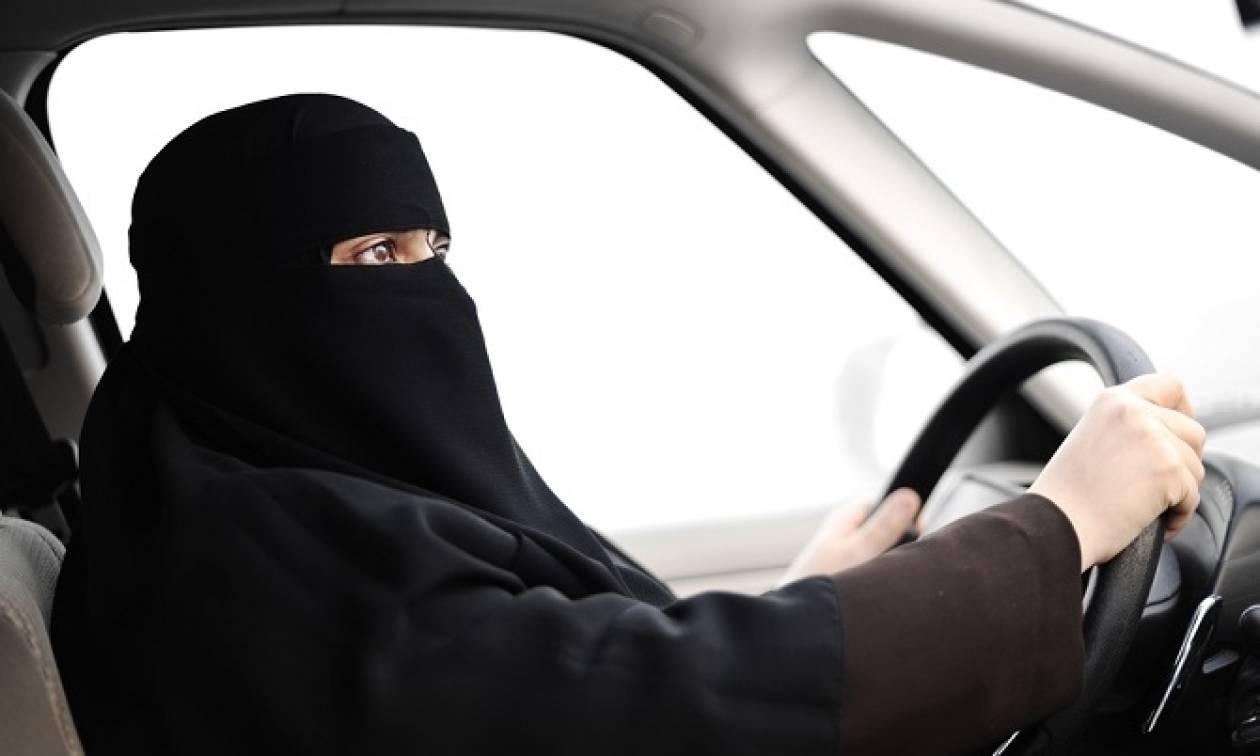 Το 2018 οι γυναίκες στη Σαουδική Αραβία θα αποκτήσουν το δικαίωμα στην οδήγηση!