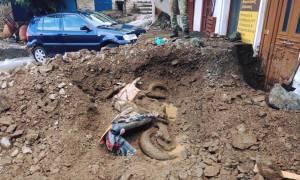 Σε κατάσταση έκτακτης ανάγκης η Σαμοθράκη - «Θάφτηκε» κάτω από τη λάσπη το νησί