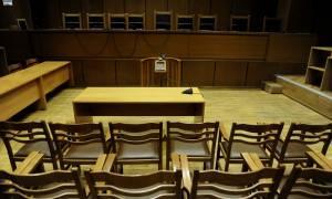 Διακοπή στη δίκη για τη δολοφονία του ναυτικού που βρέθηκε σε καταψύκτη