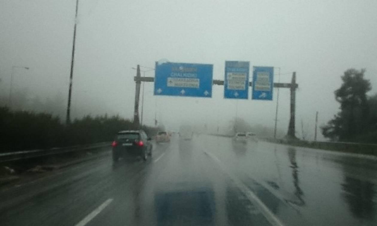 Κακοκαιρία: Κυκλοφοριακό χάος ΤΩΡΑ στον Περιφερειακό της Θεσσαλονίκης