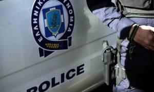 Σοκ: Ροπαλοφόροι χτύπησαν αστυνομικό που προσπάθησε να συλλάβει ληστές