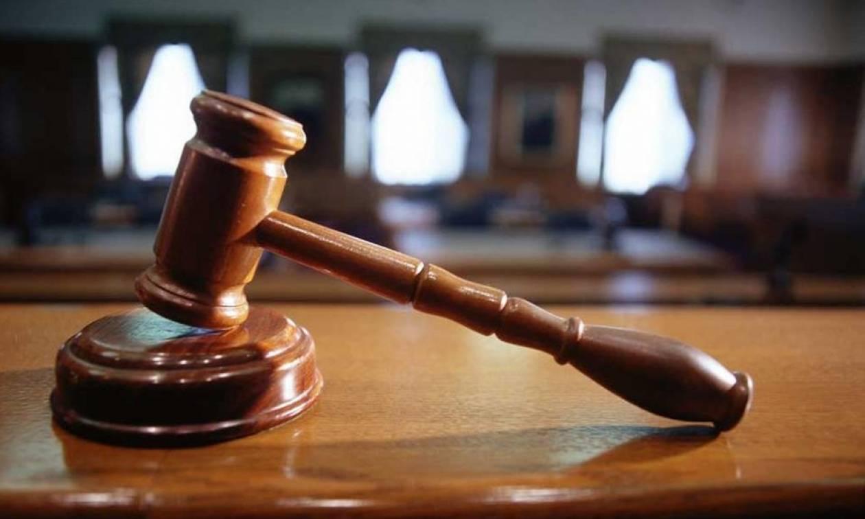 Στη Δικαιοσύνη οι συνταξιούχοι δικαστές κατά των νέων περικοπών στις συντάξεις τους