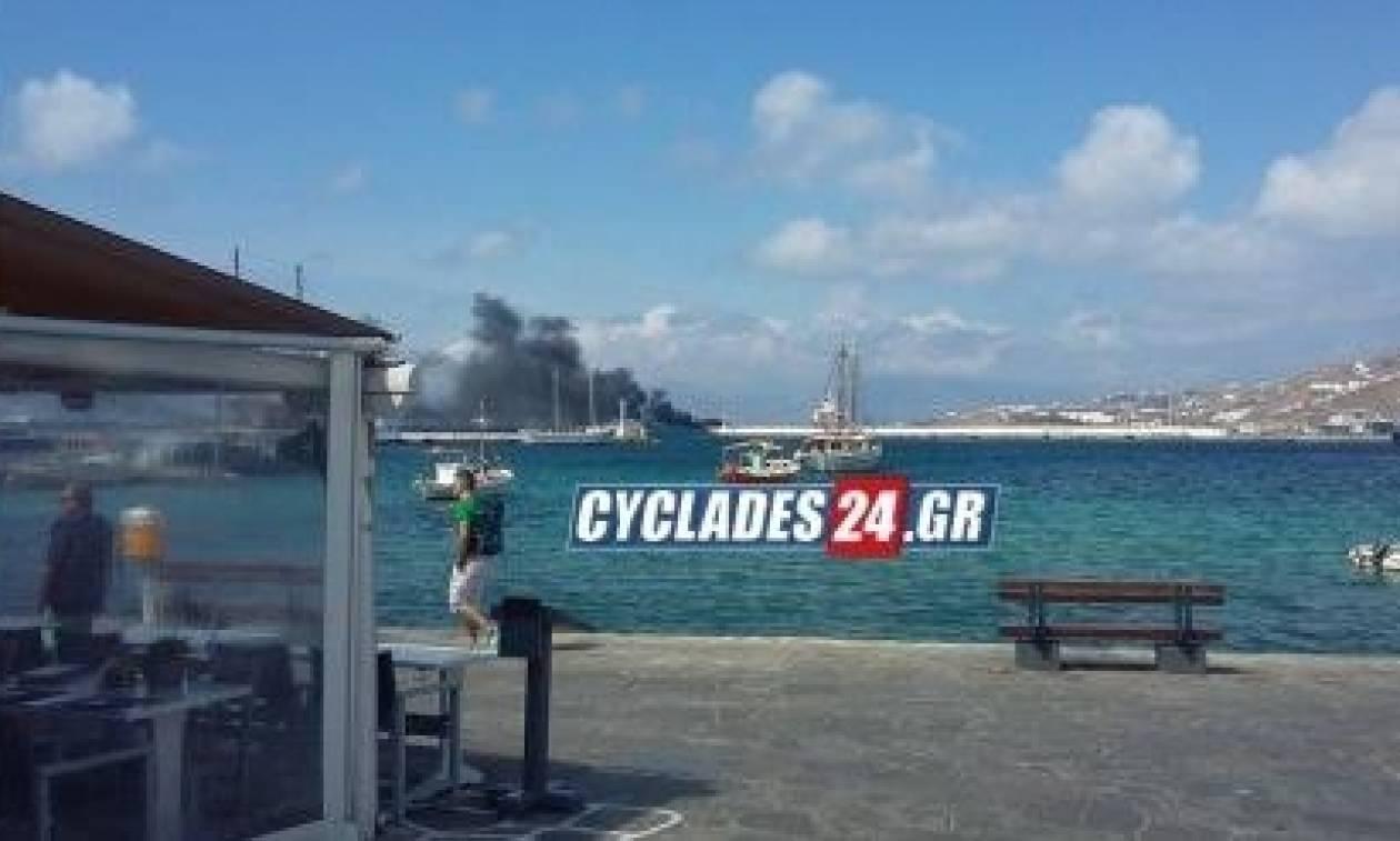 Φωτιά σε σκάφος στη Μύκονο (video)