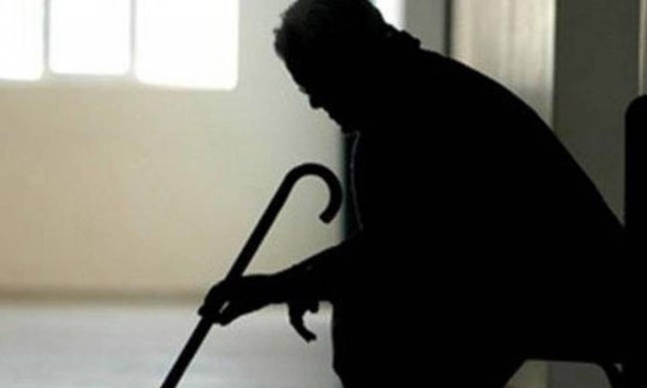 Παρίσταναν υπάλληλους της ΔΕΗ και «ξάφριζαν» ηλικιωμένους!