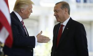 Νέα παζάρια Ερντογάν σε Τραμπ: Δώσε μου τον Γκιουλέν για τον Αμερικανό πάστορα
