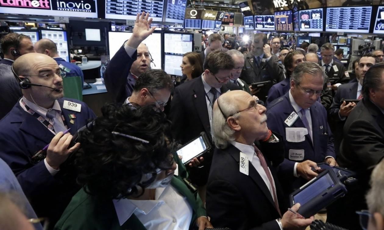 Wall Street: Οριακή άνοδος στους δείκτες και νέο ρεκόρ στον S&P 500