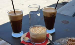 Δωρεάν οι καφέδες και την Κυριακή: Δείτε τα καταστήματα
