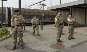 «Κόκκινος» συναγερμός στη Δανία: Στους δρόμους εκατοντάδες πάνοπλοι στρατιώτες