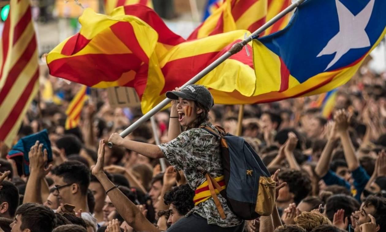 Δημοψήφισμα Καταλονία: Σαρωτική νίκη του «ναι» - Το 90% θέλει ανεξαρτησία