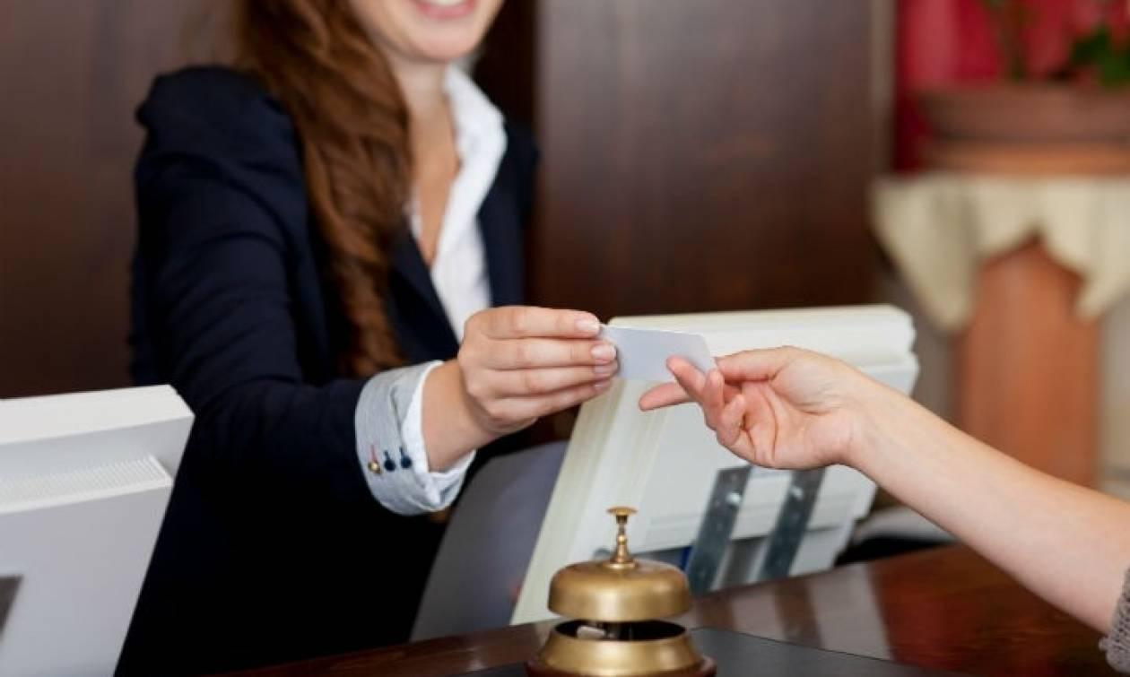 Σάλος σε ξενοδοχείο στο Λουτράκι: Αυτή είναι η γυναίκα που άναψε «φωτιές»