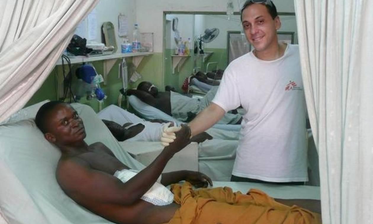 Ο γιατρός από την Πάτρα που σώζει ζωές στις εμπόλεμες ζώνες του πλανήτη! (pics)