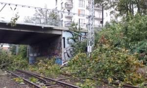 Γερμανία: Αυξάνεται ο αριθμός των νεκρών από την κακοκαιρία - Χάος στις συγκοινωνίες (pics+vids)