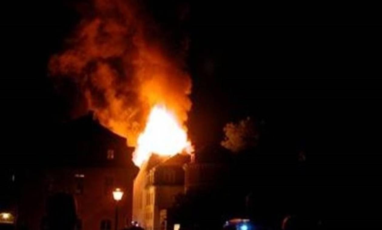 Φρίκη: Πα-τέρας έκαψε ζωντανά τα πέντε παιδιά του και τη σύζυγό του
