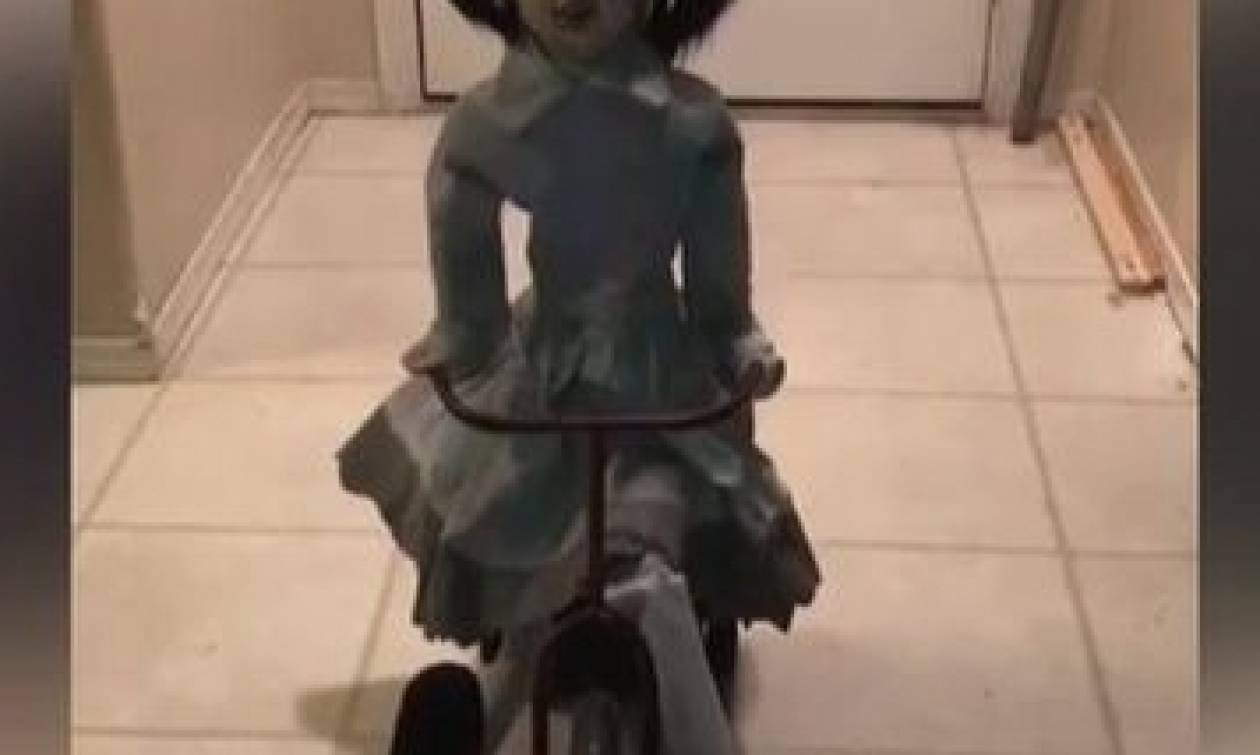 Ο τρόμος έχει πρόσωπο - Η πιο ανατριχιαστική κούκλα που είδατε ποτέ (video)