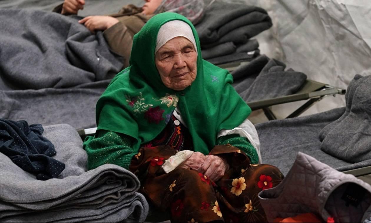 Πρόσφυγας 106 ετών έλαβε άσυλο στη Σουηδία έπειτα από δύο χρόνια (Pics)