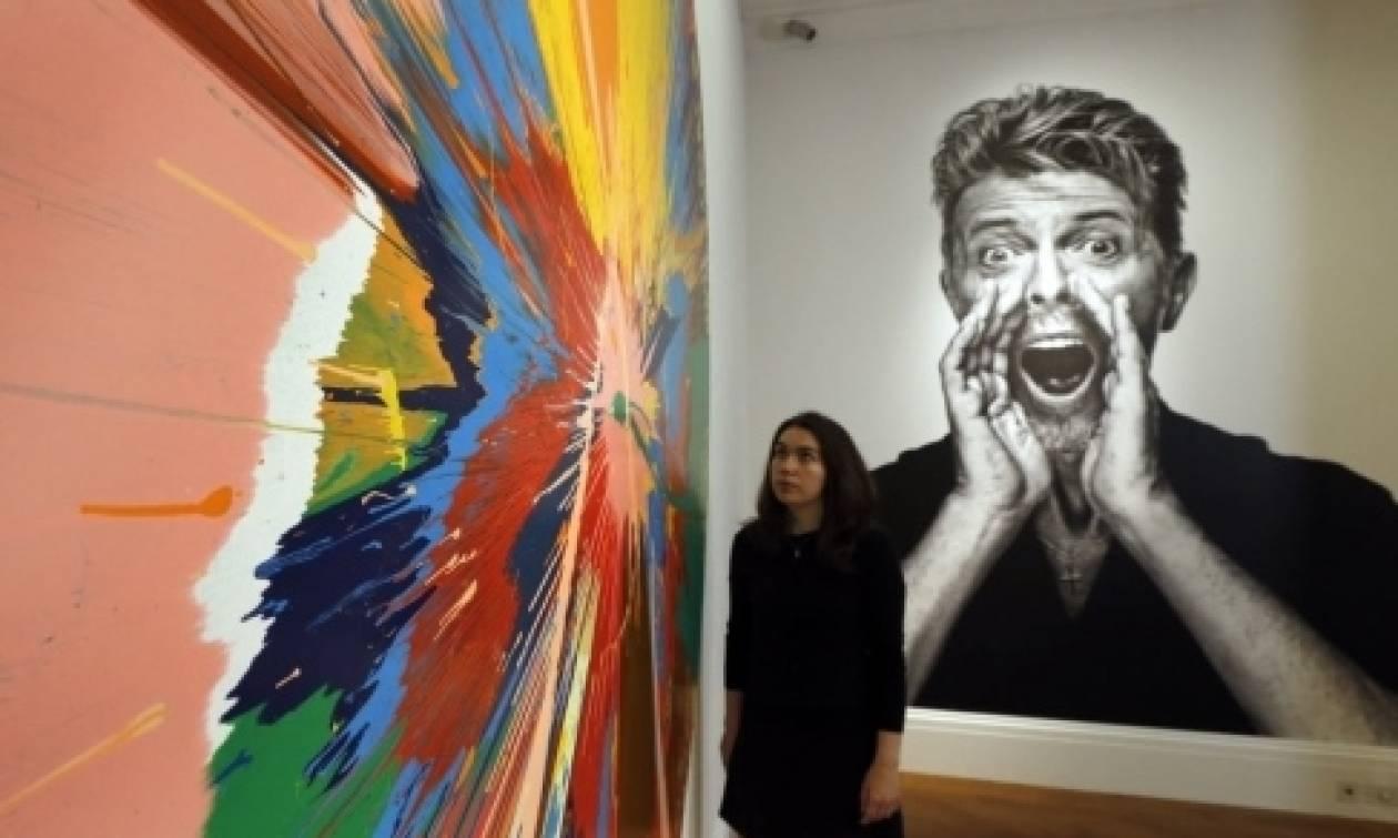 Έκθεση για την συλλογή έργων τέχνης του Ντέιβιντ Μπάουι (pics)