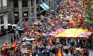 Ισπανική κυβέρνηση: Κάντε εκλογές στην Καταλονία για να τερματιστεί η κρίση