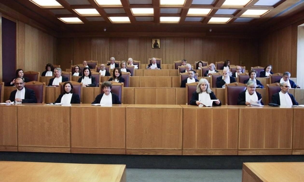 Χάος στο ΣτΕ για το νόμο Κατρούγκαλου με δεκάδες αγανακτισμένους δικηγόρους