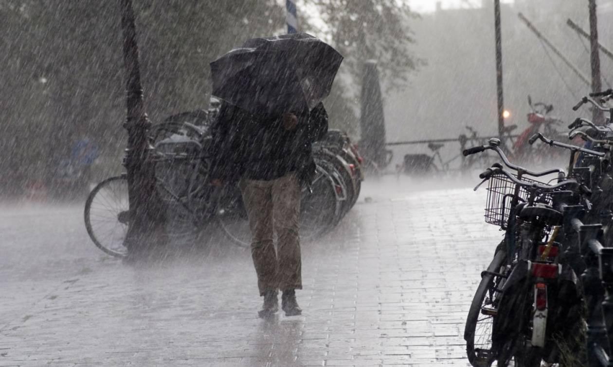 'Εκτακτο δελτίο επιδείνωσης καιρού: Βροχές, χαλάζι και πτώση της θερμοκρασίας - Αναλυτική πρόγνωση
