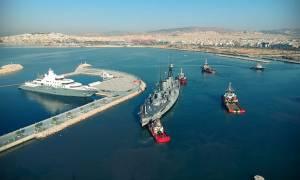 Το θρυλικό θωρηκτό «Αβέρωφ» στο λιμάνι της Θεσσαλονίκης